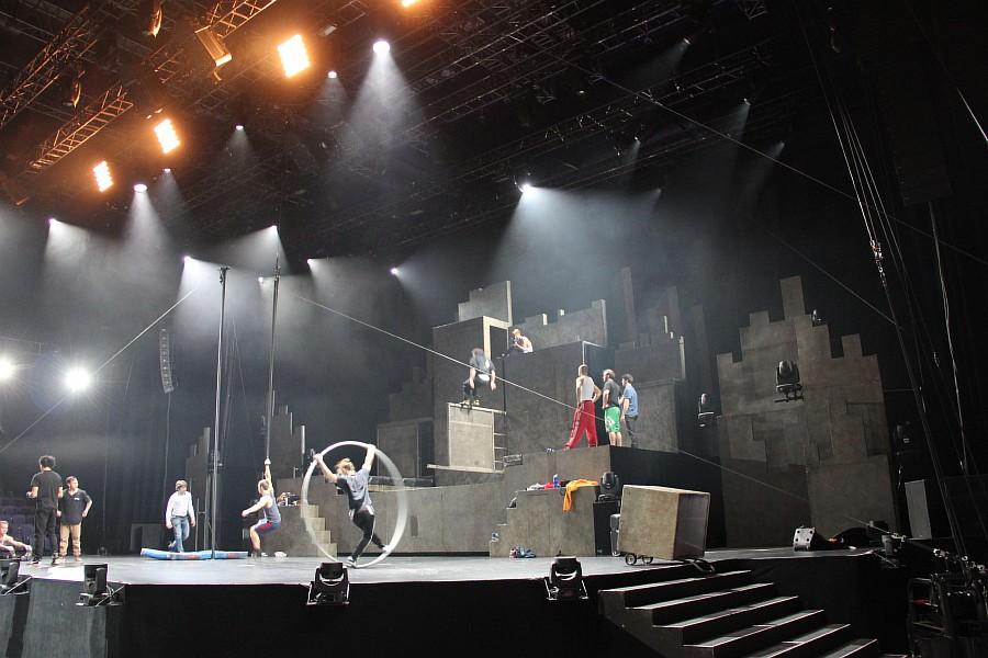 Казань, фотографии, Cirque Eloize, шоу ID, Аксанов Нияз, цирк, репетиция,  of IMG_4178