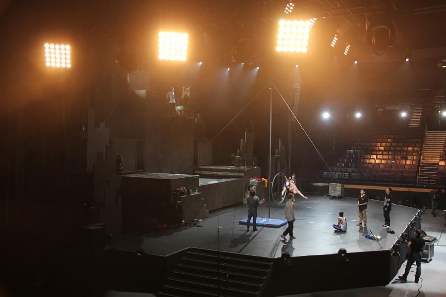 Казань, фотографии, Cirque Eloize, шоу ID, Аксанов Нияз, цирк, репетиция,  of IMG_4212