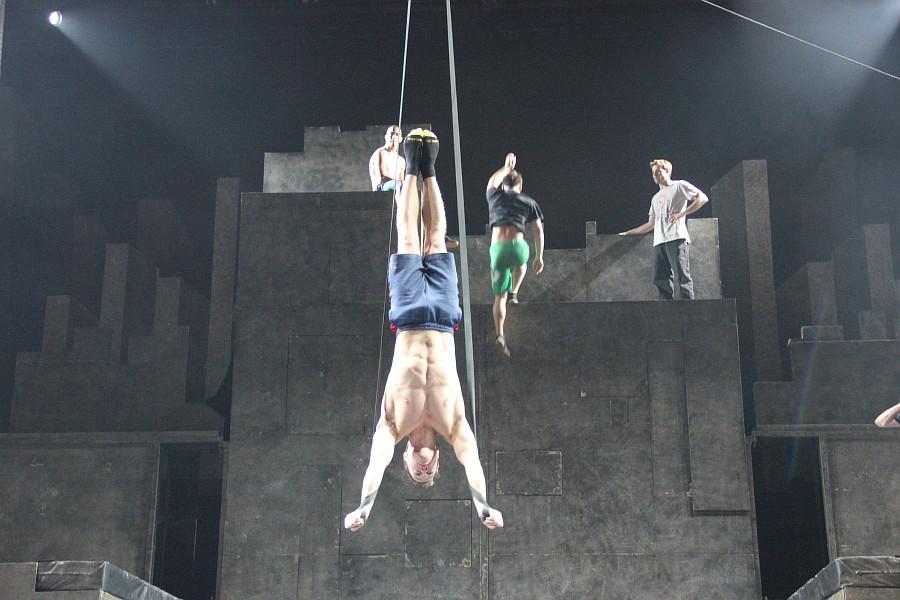 Казань, фотографии, Cirque Eloize, шоу ID, Аксанов Нияз, цирк, репетиция,  of IMG_4221