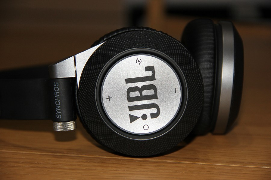 JBL Synchros E40BT of IMG_4763