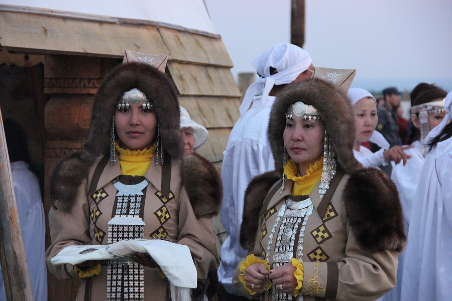Ысыах, Якутия, обряды, Россия, фотографии, Аксанов Нияз, kukmor, путешествия, туризм, шаман, встреча солнца, of IMG_1345