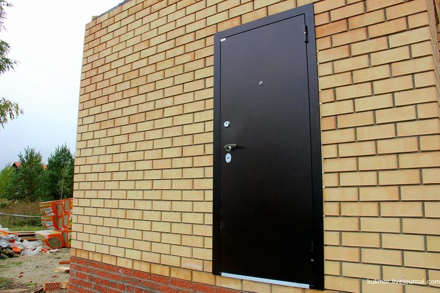 Строим свой дом за 90 дней. 60-65 дни (25.09-30.09). Появилась дверь и начали