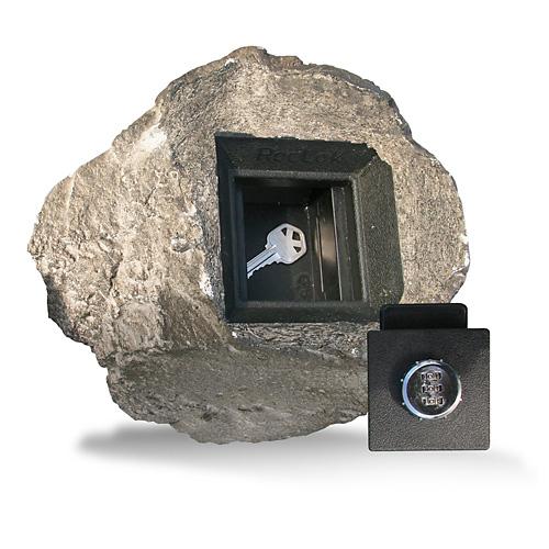 Любая розетка или камень может оказаться сейфом, оказывается :) http://pics.livejournal.com/kukmor/pic/005rqk8p