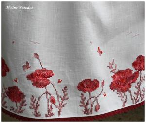 Маки вышивка на платье 94
