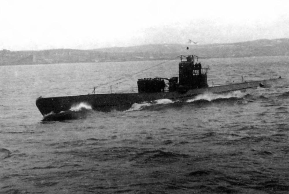 Дизельная подводная лодка. IX-бис серии. (С-56). -   «С-56» на параде Победы, 15 июня 1945. - 19
