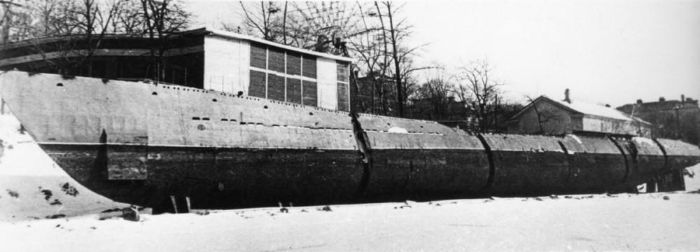 Дизельная подводная лодка. IX-бис серии. (С-56). -     «С-56» готовится стать музеем. Владивосток, 1974 г. - 20