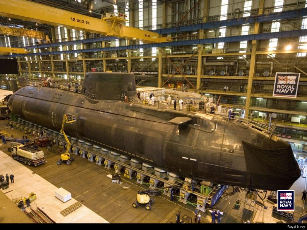 HMS Astute. S119 - 25