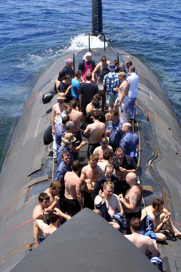 HMS Trenchant- 1