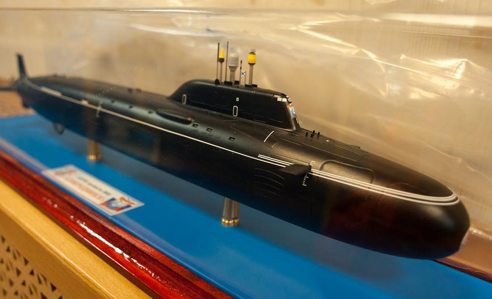 модель атомной лодки