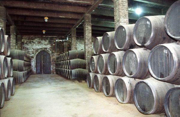 Sherry_cellar,_Solera_system_2,_2003