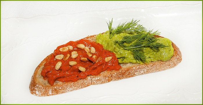 Красный соус в стиле песто (конс.  вяленые помидоры)