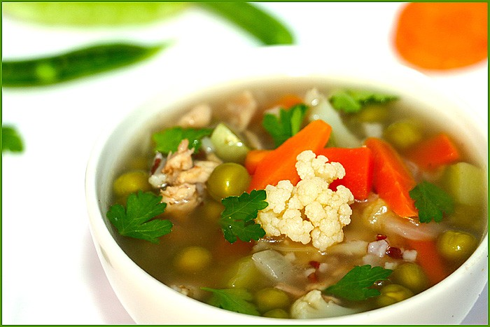 Суп с зеленым горошком по Д. Оливеру (замор. горошек)