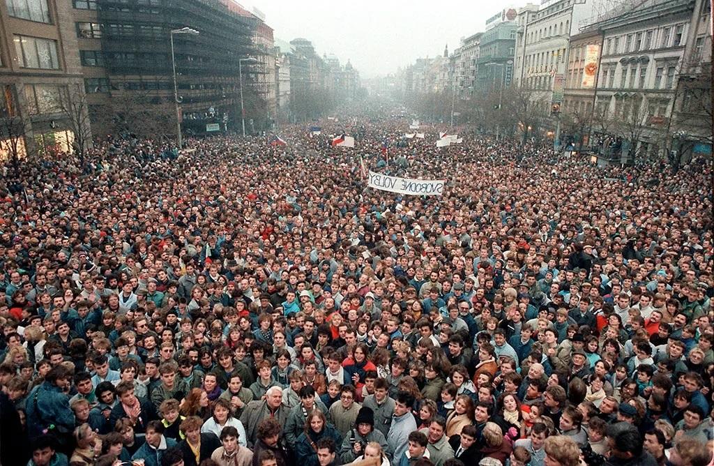 Массовые протесты выглядят вот так