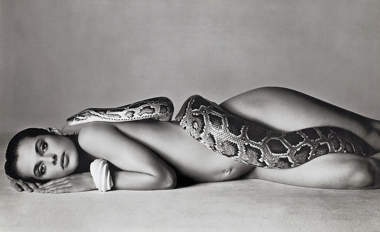 Richard Avedon - Nastassja Kinski and the Serpent (14 June 1981) [1024]