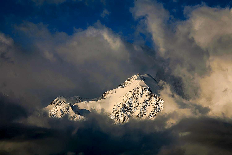 Фототреккинг. К подножию горы Белуха