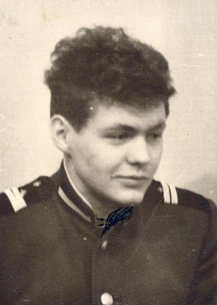 Анатолий Курчаткин, 1966 г. последний год службы.jpg