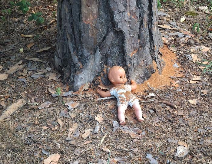 мертвая кукла