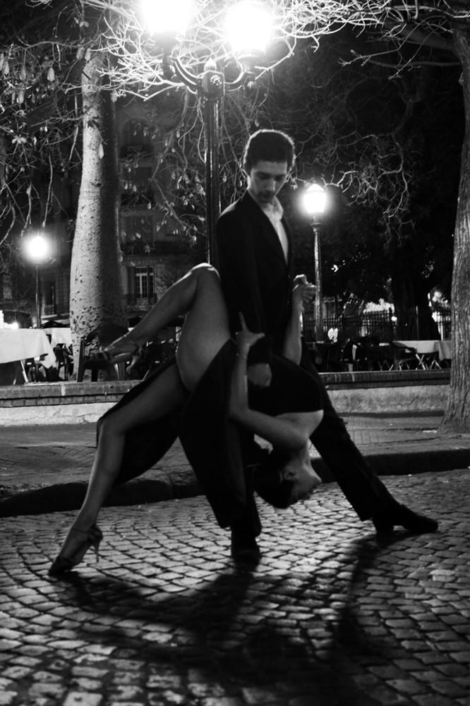 Танец. Танго