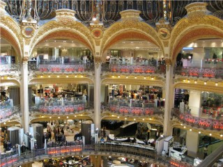 Galleries Lafayette - a department store, not an opera house