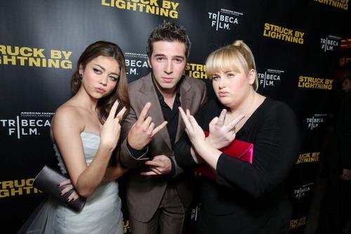 Struck By Lightning Premiere--January 6, 2013 - Page 3 435183_original
