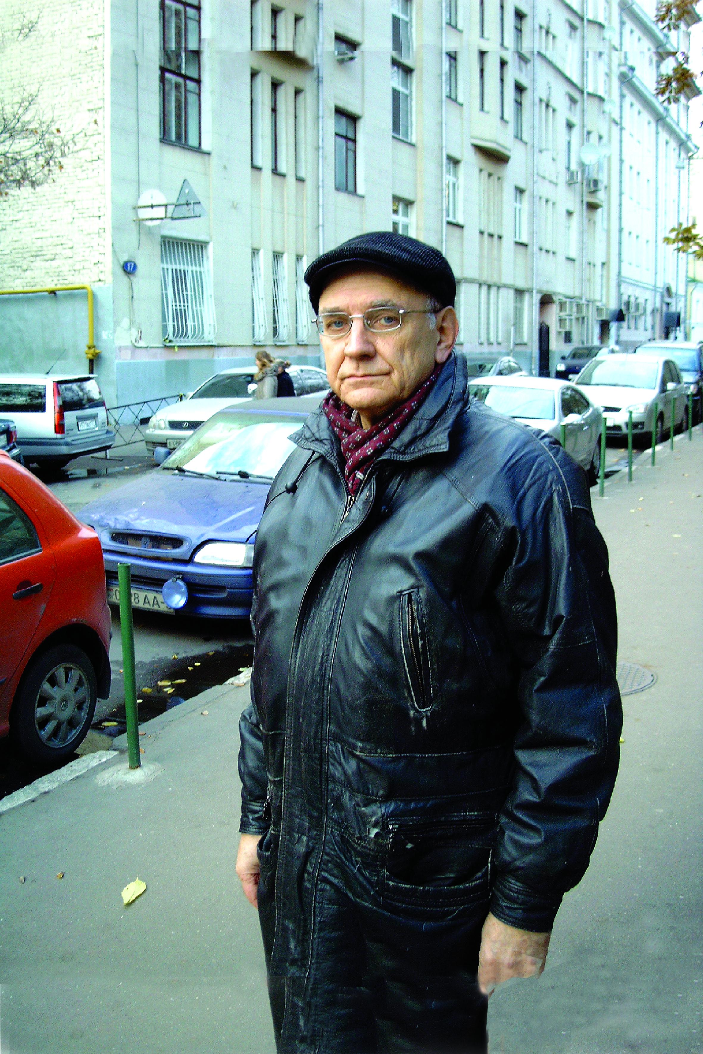 kuvaldin-yuriy-vspolniy-pereulok-SIMG0019