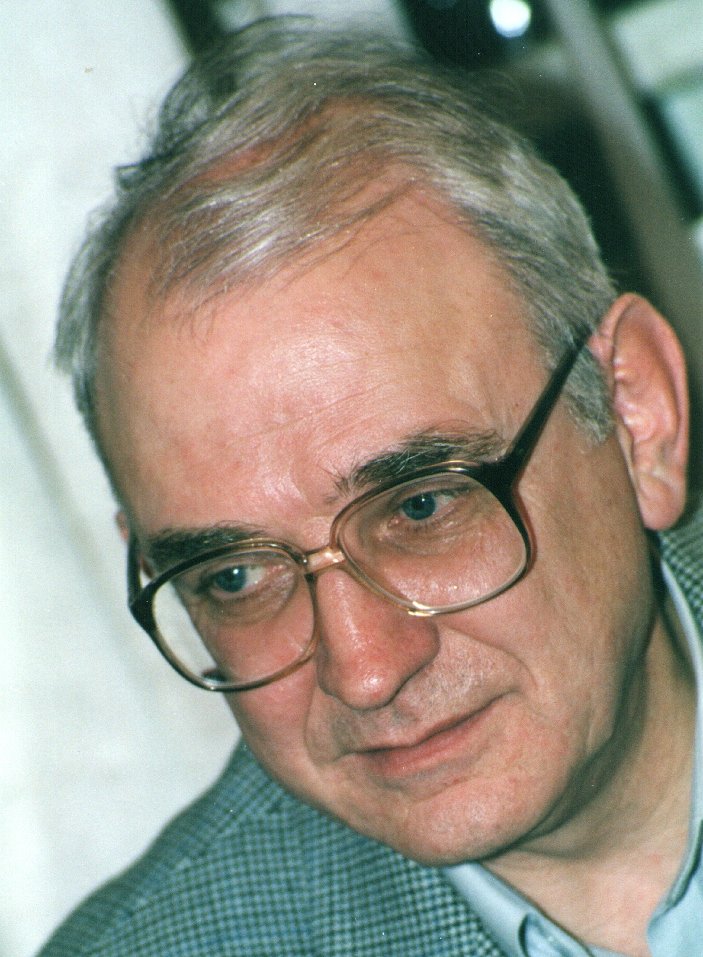 kuvaldin-yuriy-2000-god