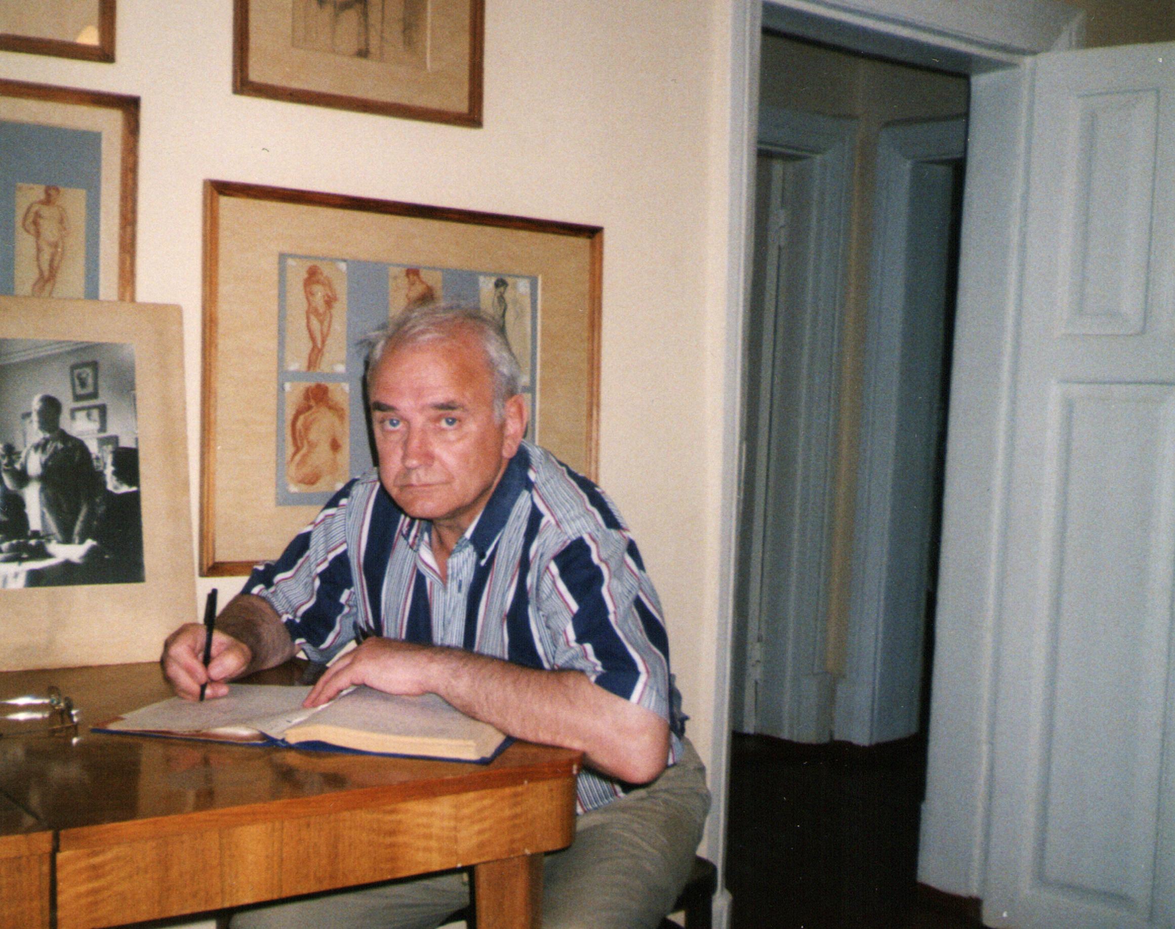 kuvaldin-yuriy-dom-pastern-2003-god