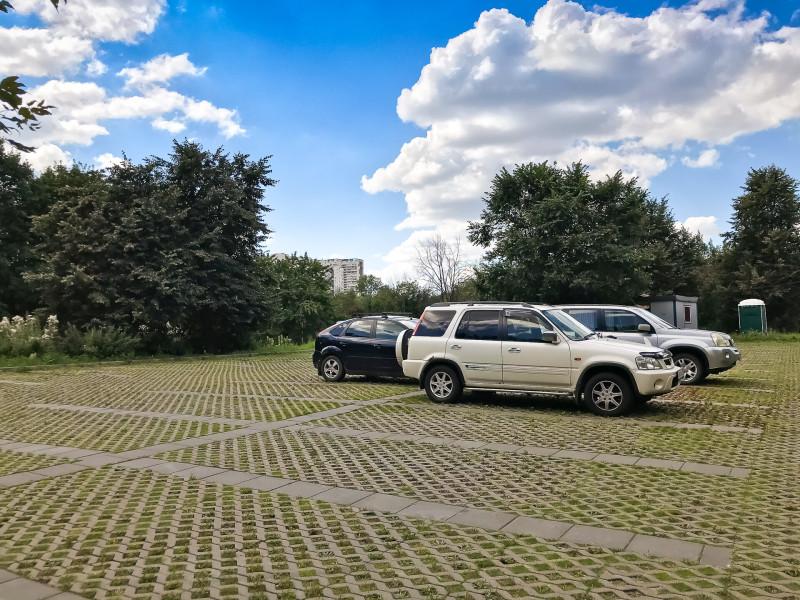 09. Парковка для посетителей парка.