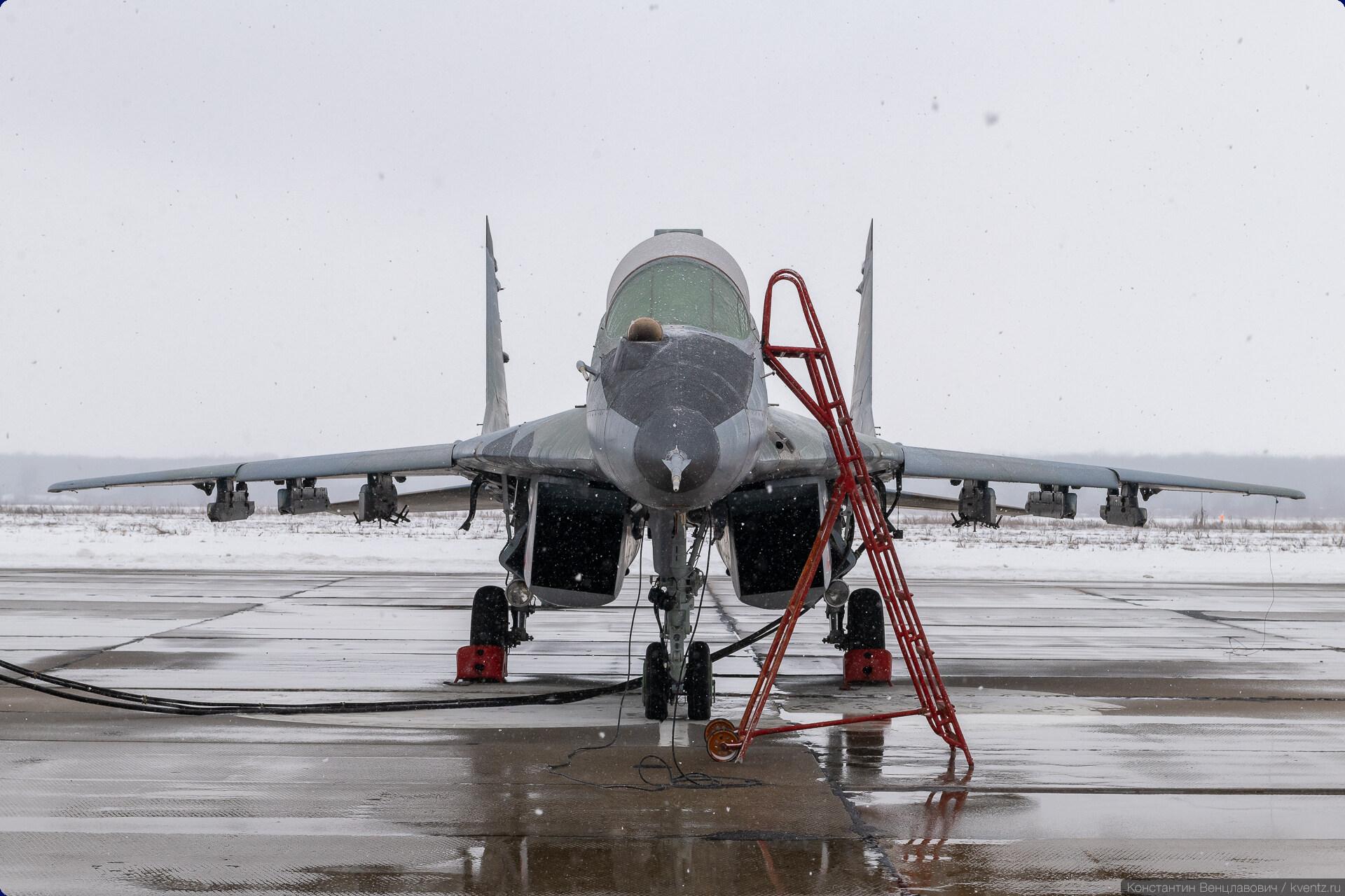 18. МиГ 29УБ RF-92301.