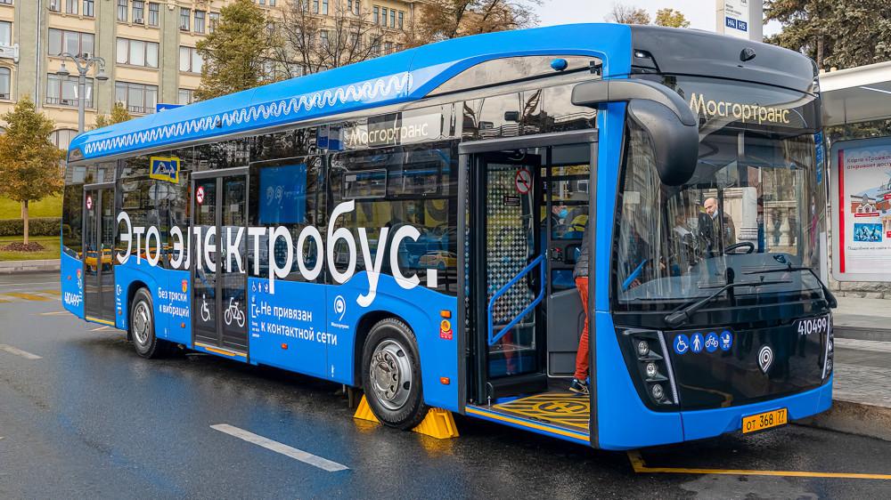 Пятисотый серийный КамАЗ-6282. Фото Правительства Москвы.