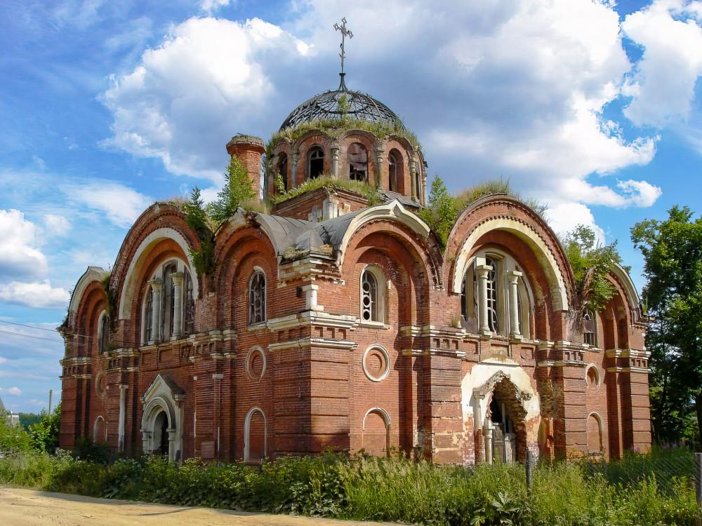 Состояние храма предположительно пять лет назад. Фото Hurrier9000, Wikimapia.