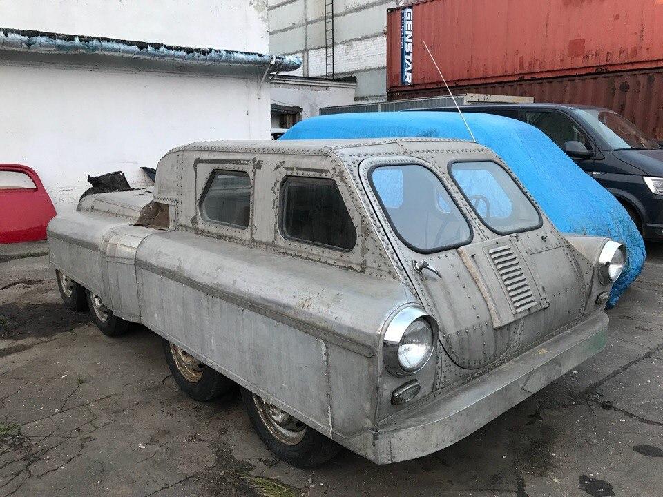 Восьмиколёсный  советский вездеход