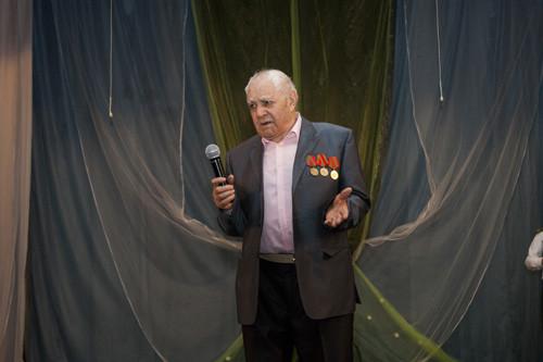 ветеран пел