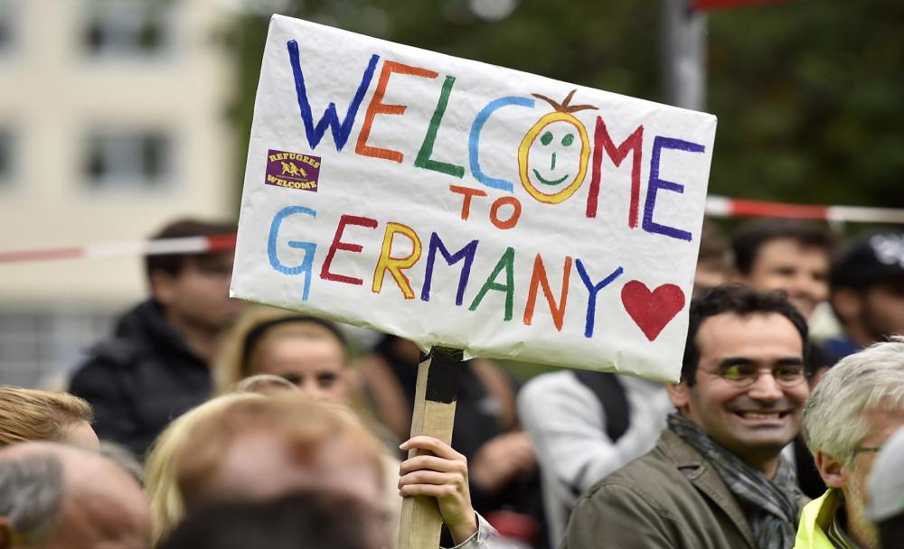 01-la-oe-0909-mcmanus-migrant-crisis-20150909