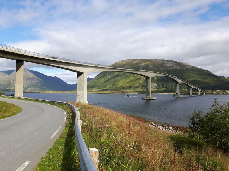 07. Мост через пролив.