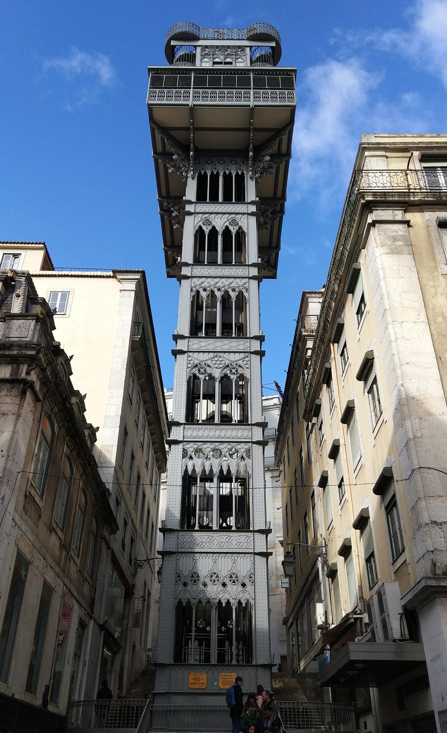 06.Лифт Санта Жушта — является частью транспортной сети Лиссабона