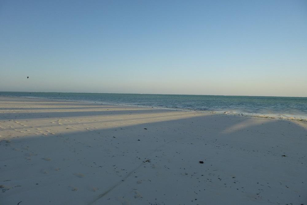 08 пляж
