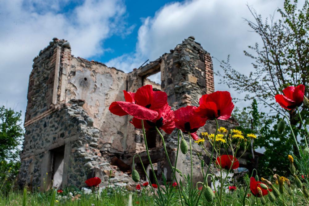 Фоторепортаж: Южная Осетия - республика очень гостеприимная, но пока не всеми 02