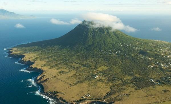 Фоторепортаж: Синт-Эстатиус - остров крошечный, но идеальный для отдыха