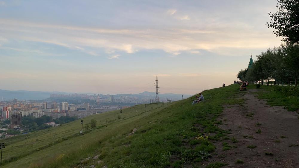 Виды Красноярска со смотровой площадки Караульной горы 75