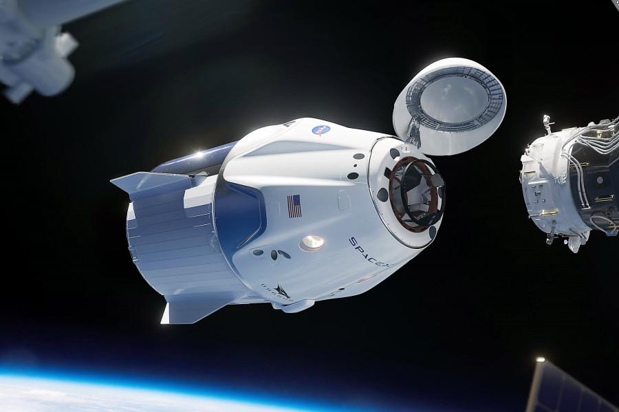 Проект от Space X - Dragon V2_1