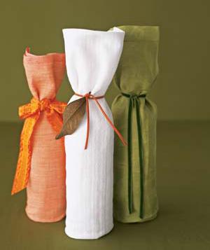 10 идей, как красиво упаковать подарочную бутылку 68