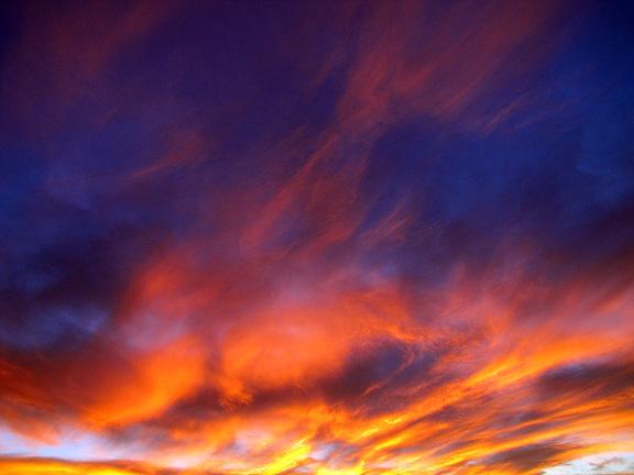 Великолепный закат в пустыне Лас Вегаса