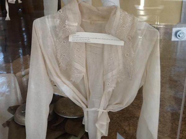 armistice blouses 5