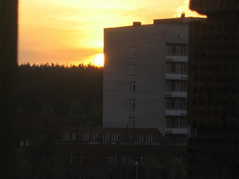 Вид из окна, предзакатье