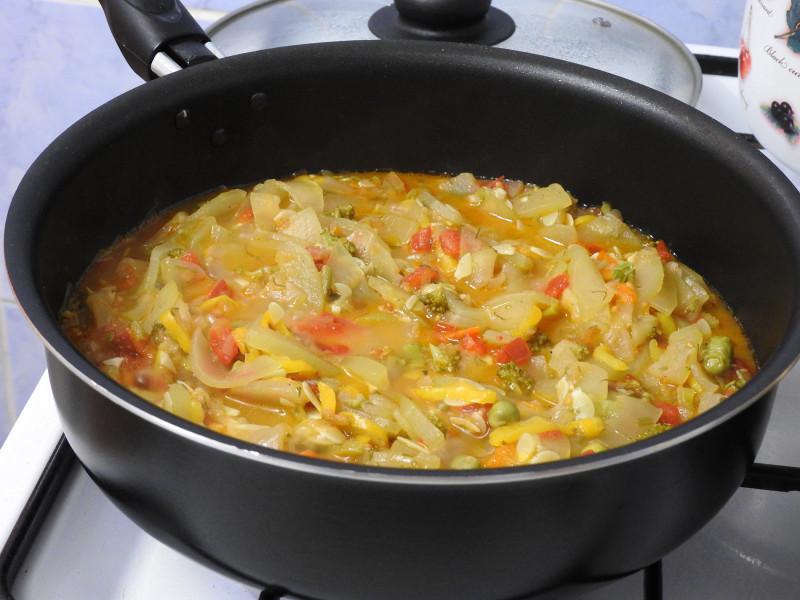 Рагу с кабачком и цветной капустой