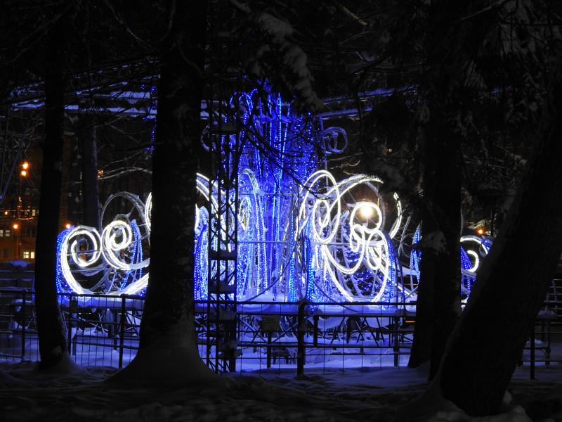 Световой фонтан, парк Космонавтов, Ижевск, 2021 г.