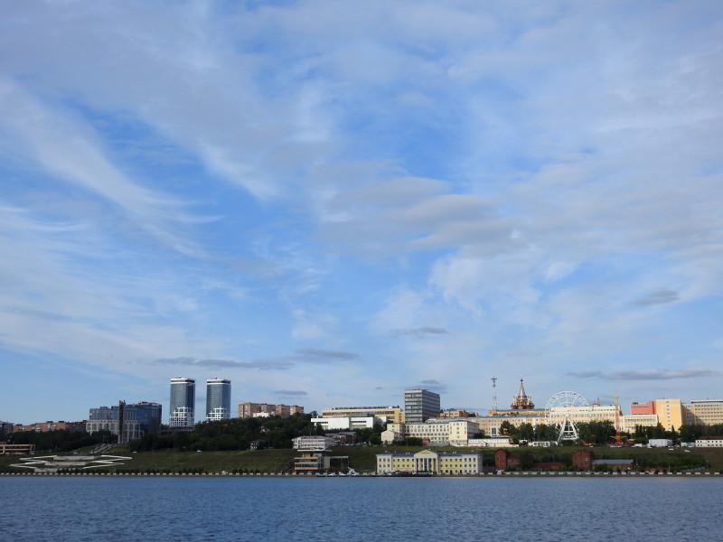 Набережная Ижевского пруда. Вид со стороны пристани.