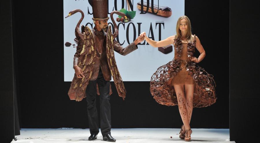 Chocolate-Fashion-Show-Paris-Catwalk