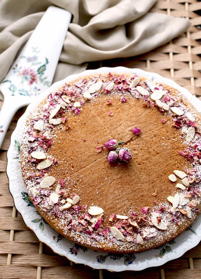 rose_cake_GF0.jpg